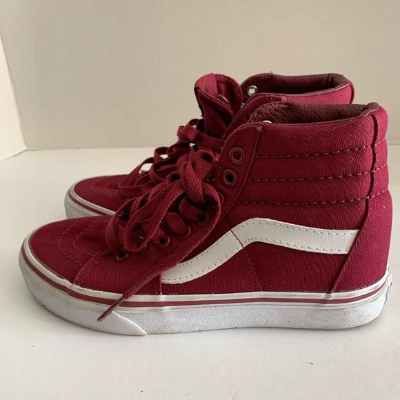 93d1d5ff13 Vans Burgundy Shoes size 5 Women. M 5c6b66925c4452cd6d797e6b